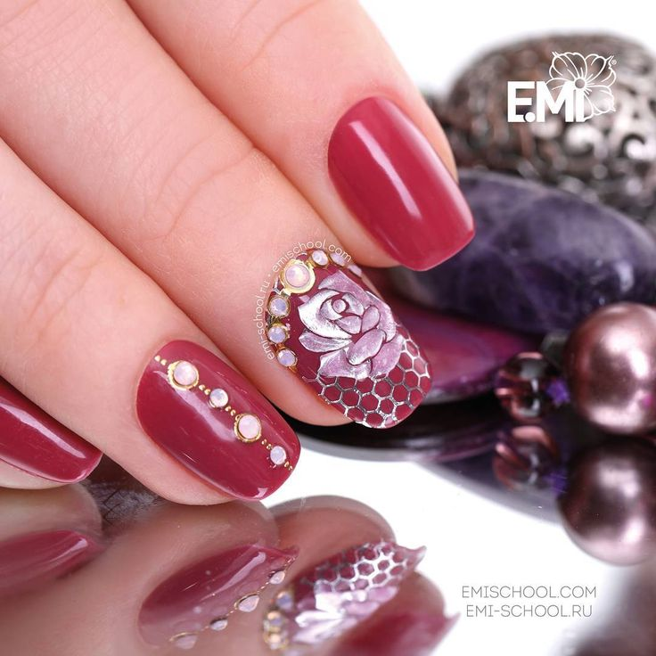 A jewelry rose on a rich red-wine colour  If you would like to repeat this design, please take E.MiLac Dark Wine #078, Naildress Slider Design Wedding Rose, Charmicon Stickers Chains #3, and Gemty Gel Tourmaline   Anything that is required for ideal designs is easy to find here http://emischool.com/    Ювелирная роза на насыщенном винном  Если вы хотите повторить этот дизайн, возьмите E.MiLac 078 «Черное вино», Naildress «Свадебная роза», Charmicon «Цепи No 3» и Gemty Gel «Турмалин» ...