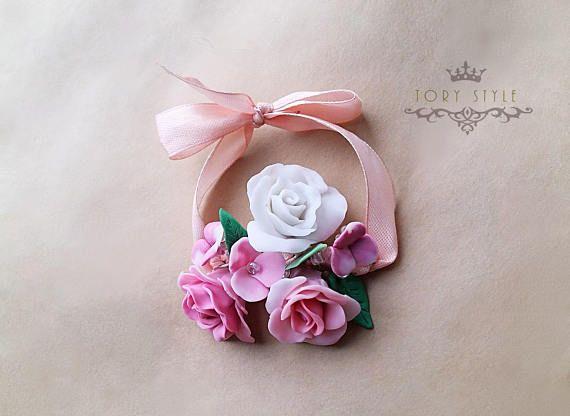 Браслет для подружки невесты на руку для подружек на свадьбу из цветов из полимерной глины ручной работы