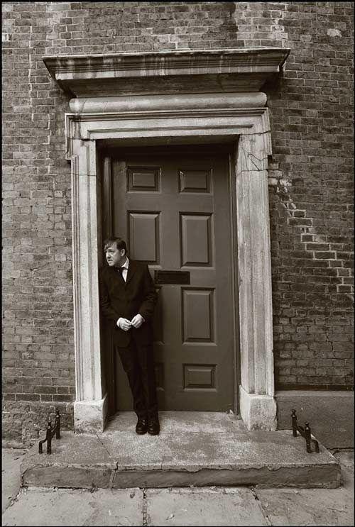 Derek - Ricky Gervais.com