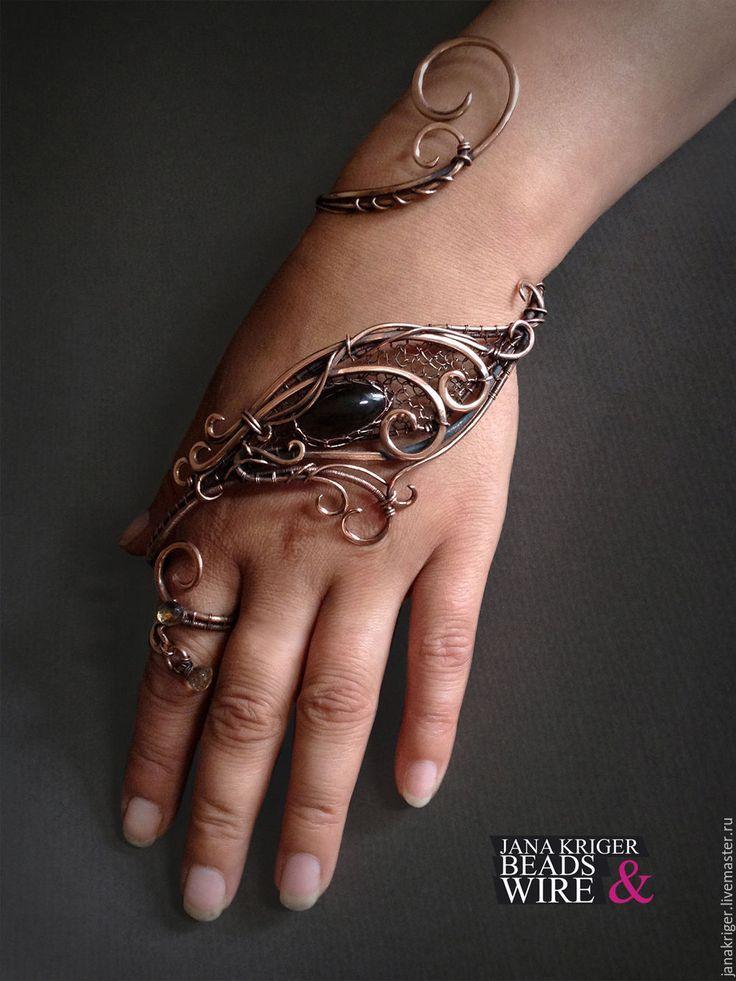 Купить Наладонный браслет. Медный браслет с топазом. - коричневый, браслет, Браслет ручной работы