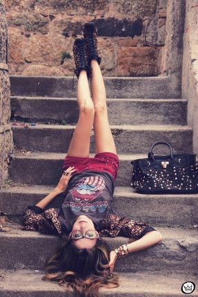 FashionCoolture - 16.01.2012 look du jour Romwe Awwdore Asos Kafé burgundy leopard blazer studded bag (3)