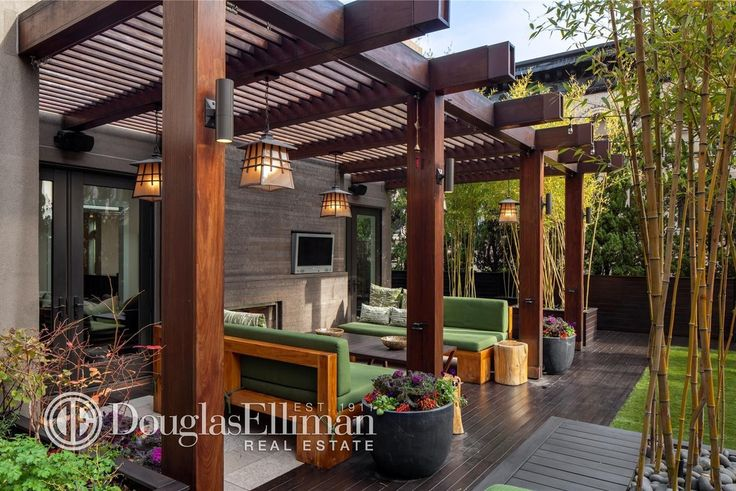 Contemporary Deck with Fence, Dolan Designs Hanging Mission /Mackintosh winchester 1-light Outdoor Pendant, Trellis