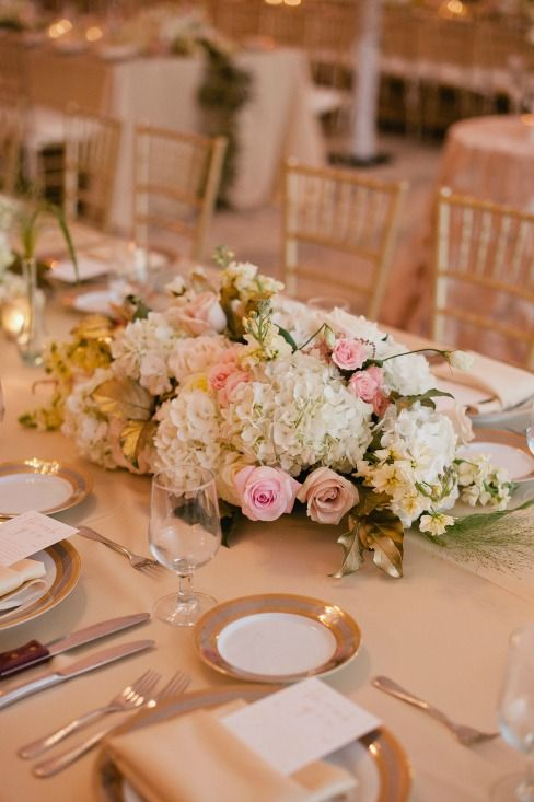 Table Flowers,grey & gold china