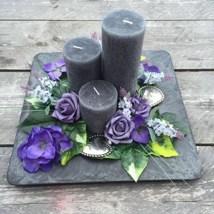 Met allemaal spullen van de action een paars bloemen kaarsen plateau gemaakt. Love it !