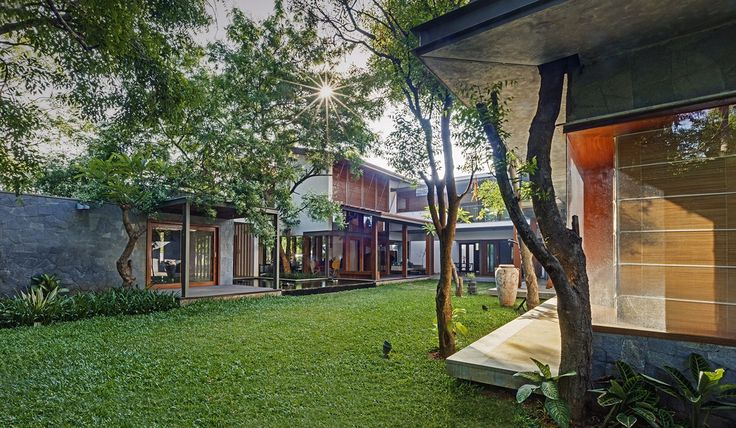 Gallery of Krishnan House / Khosla Associates - 22