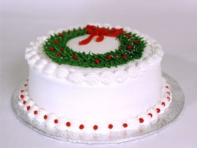 Cake Decorating Holidays Uk : 17 Best ideas about Christmas Cake Decorations on ...