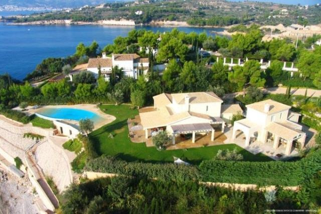 Breathtaking beach front Villa in Porto Helli available for rent  http://www.realcocoon.gr/en-US/forrent/residences/pid349/estate.html?id=349