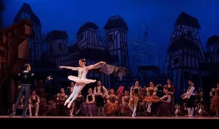 Bellydancer - oryantal dansöz #dancecostume #tänzerin #