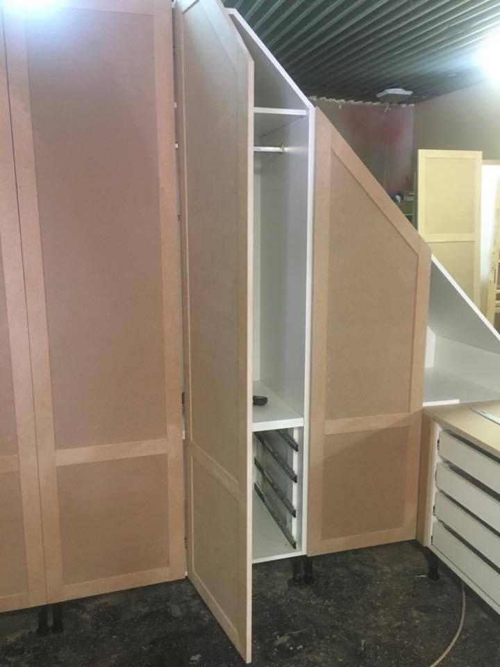 tetőtéri szekrény, festés előtt