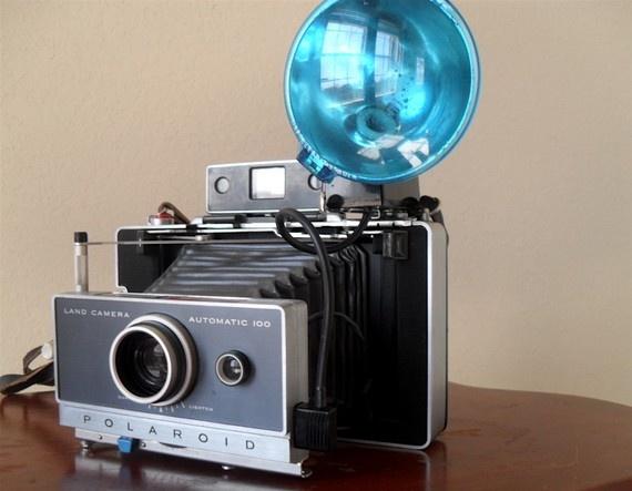 Vintage Polaroid Automatic 100 Land Camera... I need