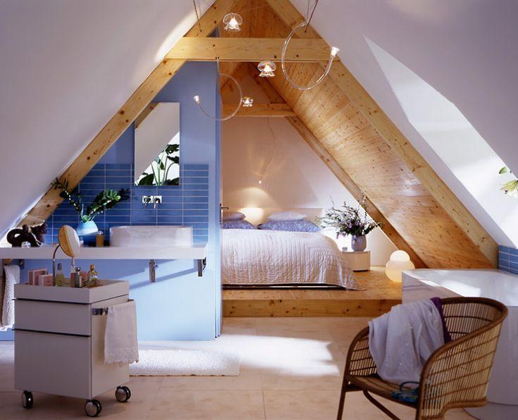 Schönes Beispiel für Schlafzimmer im ausgebauten Dachboden