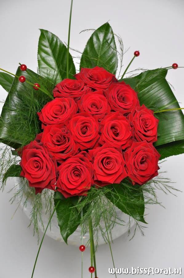 Zeg het met: #Rode #Rozen http://www.bissfloral.nl/blog/2013/08/02/zeg-het-met-rode-rozen/