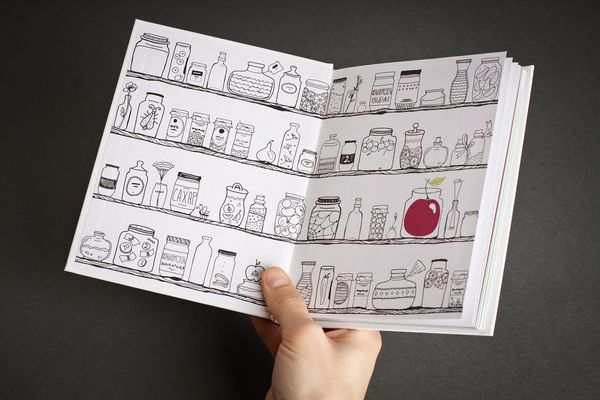 Line drawing with a pop of color. Gift book for SKB-Bank by Olga Mosina.