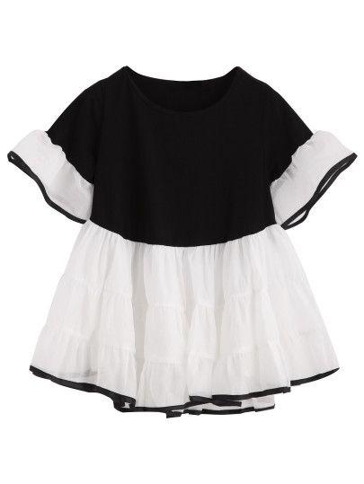 Blusa con volantes de color contraste - negro