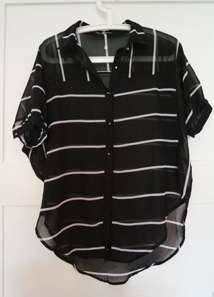 Kaufe meinen Artikel bei #Kleiderkreisel http://www.kleiderkreisel.de/damenmode/blusen/151524644-oversize-schwarz-weisse-durchsichtige-bluse