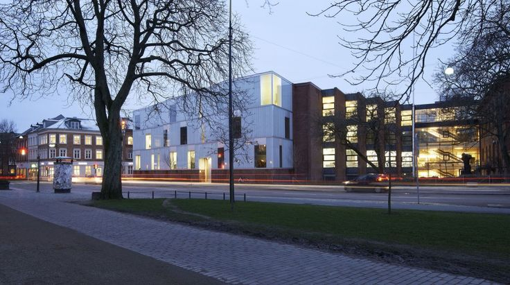 Odense Cathedral High School  / Cubo Arkitekter