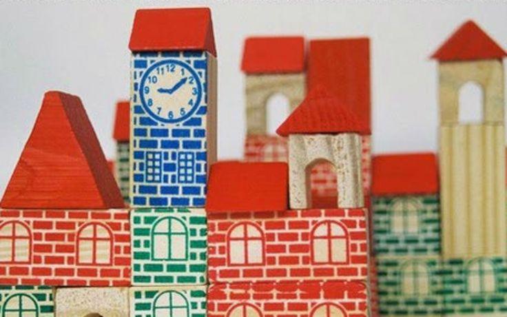 brinquedos antigos | castelo madeira blocos bloquinhos brinquedo antigo relogio bigbang 1