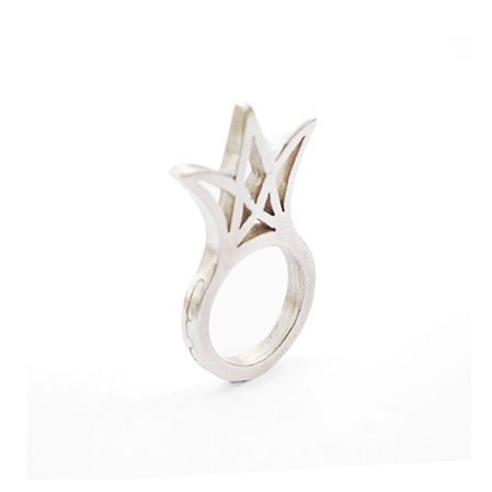 Crown Ring via TALVIKKI. Click on the image to see more! talvikki.tictail.com