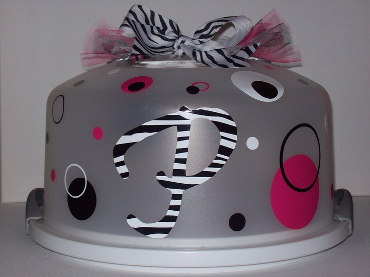 Personalized/Monogrammed Cake Carriers by pinkpolkadotsnpearls, $16.00