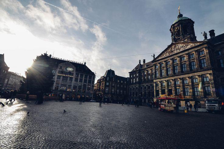 https://flic.kr/p/xtJk37   Dam Square, Amsterdam