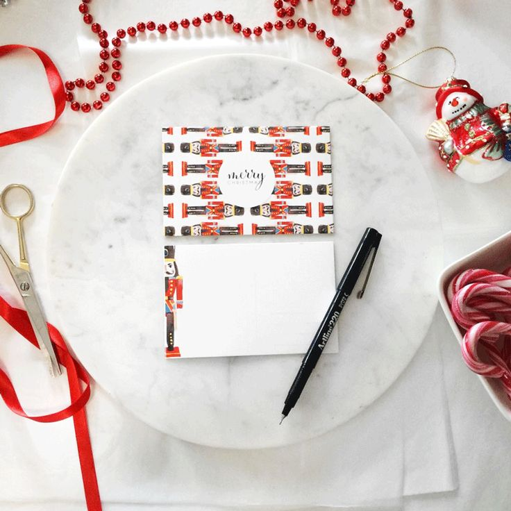 #AVERYMERRYXMAS: Get organised for Xmas with Avery Postcards. Inspired by this bespoke illustration by the Lust List x Avery.