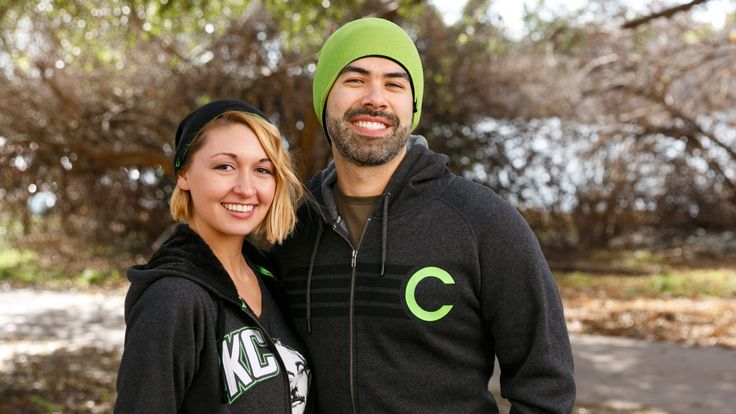Keep your noggin warm, sport theCHIVE C logo, and choose your color with this soft knit reversible beanie.Rock Chive green when you need some color in your life, or flip to black if you