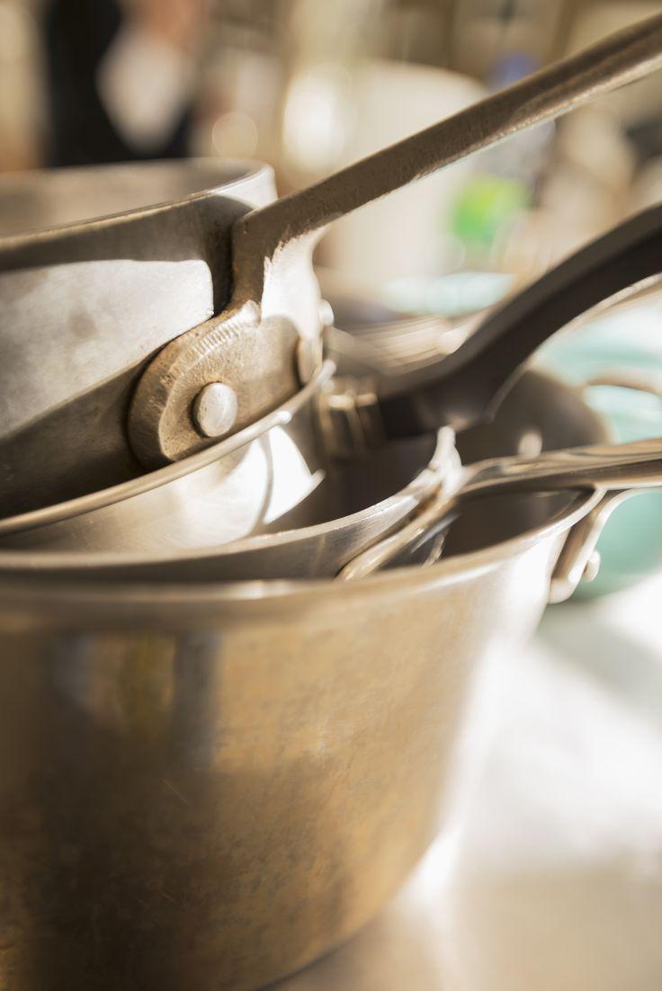 Home kitchen collection kitchen families glendevon family glendevon - 17 Tips From Chefs On Arranging An Efficient Galley Kitchen