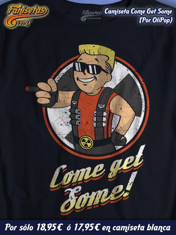 """""""Come Get Some"""" por #OliPop Saluda al Duke Boy,Nena! #VaultBoy a lo #DukeNukem! #Camisetas #Divertidas #Fanisetas http://www.fanisetas.com/camiseta-come-get-some-p-4894.html"""