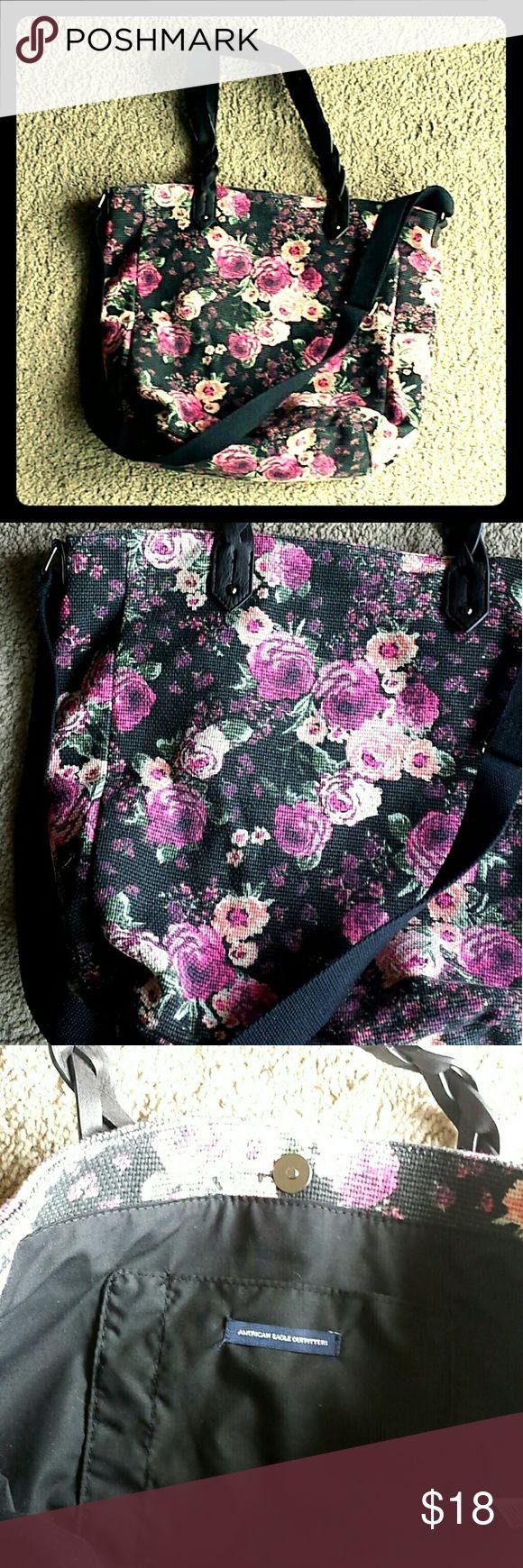 American Eagle tote bag American Eagle medium rose tote bag. Gently used. American Eagle Outfitters Bags Totes