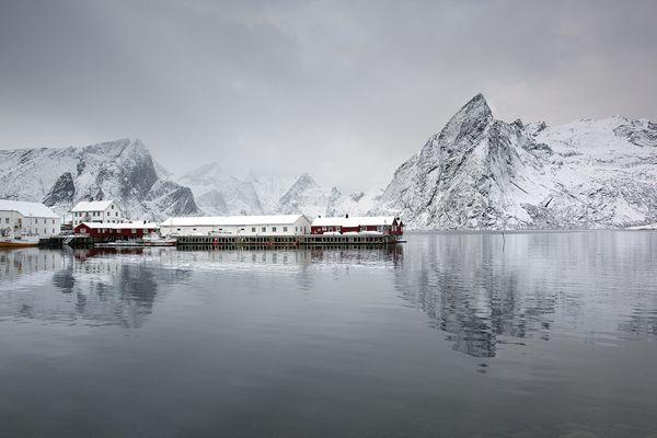 100 Landscape Photographers you should follow - 121Clicks.com