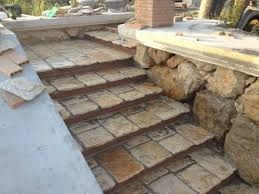 Oltre 25 fantastiche idee su scale in pietra su pinterest gradini di pietra scale da giardino - Immagini scale esterne ...