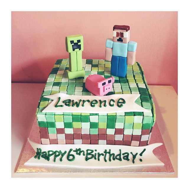 Minecraft Birthday Cake by 2tarts Bakery / New Braunfels, Texas / www.2tarts.com