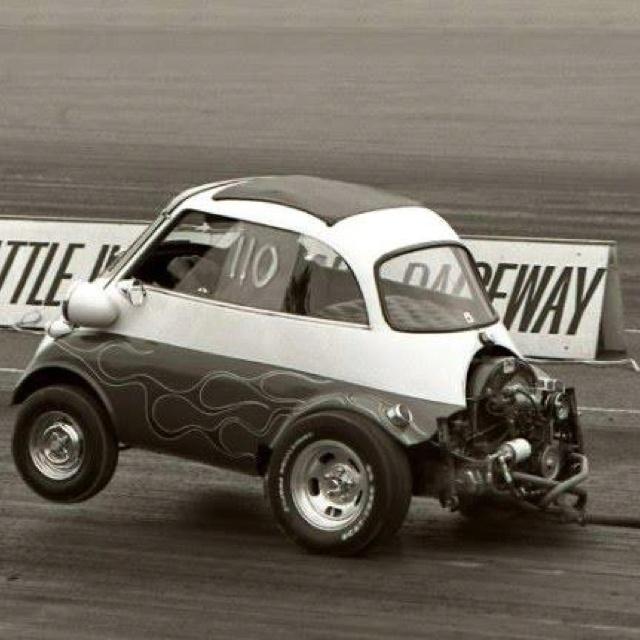 BMW Isetta - wheels up
