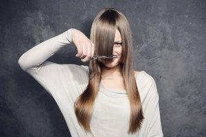 .Cut it real good: Stirnfransen selber schneiden > Kleine Zeitung