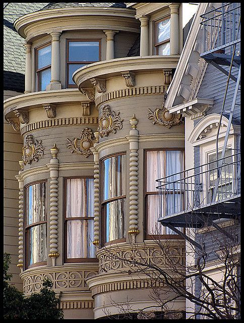 San Francisco Victorian. Over 400 Different Victorian Homes  http://pinterest.com/njestates/victorian-homes/