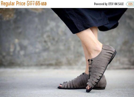 CIJ vendita sandali in pelle grigia pizzo sandali