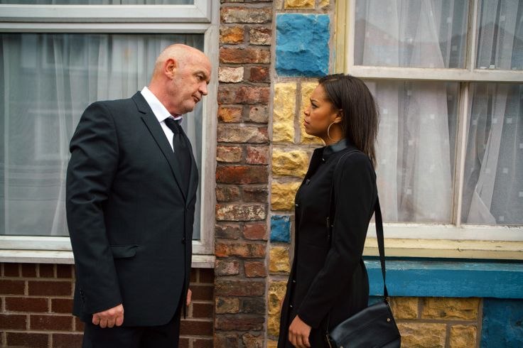ITV #1 broadcast network in the UK Friday:http://bit.ly/CBSITV9AUWinFriday012718 'Corrie' top program #dailydiaryofscreens 🇺🇸🇬🇧🇦🇺💻📱📺🎬🌎🗺️🇮🇳