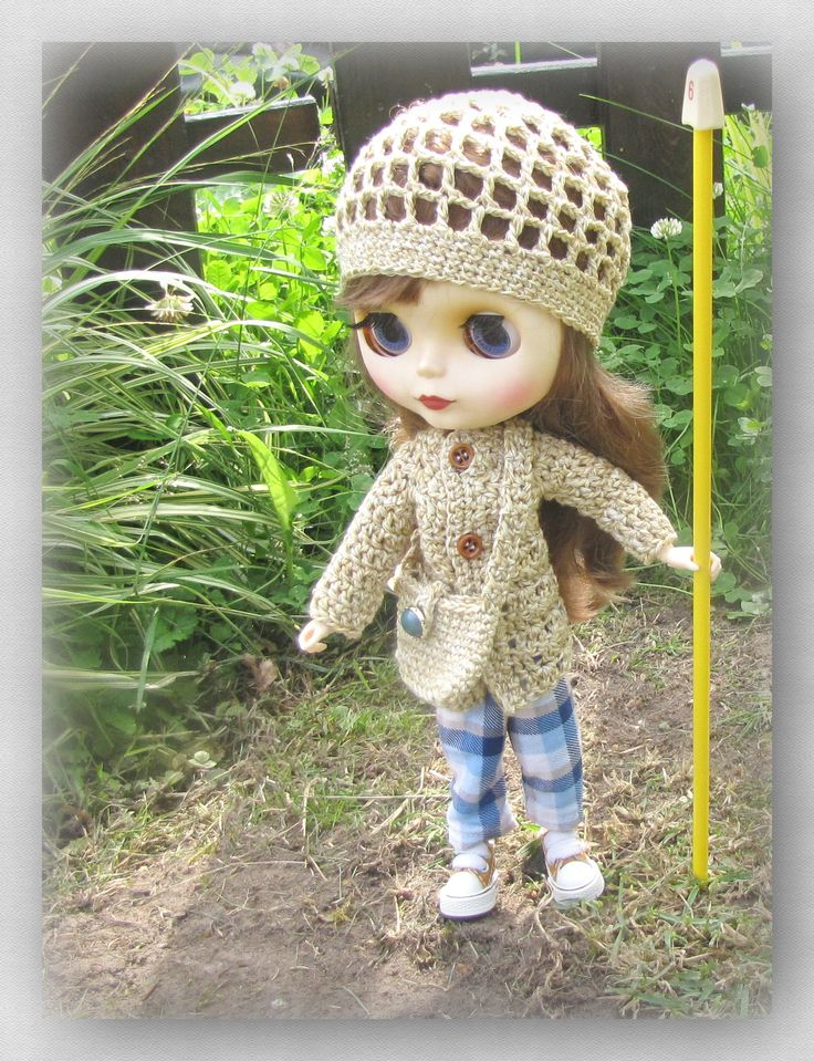 Crocheted coat, cap and Blythe doll bag FREE SHIPPING by Shopdollwithowl on Etsy