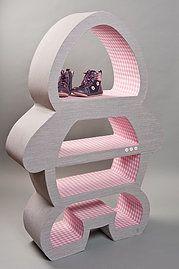 Mobilier pour chambre de bébé réalisé à la main et sans aucun solvant. Des meubles uniques, design et respectueux de la nature! Par www.joinusinthewoods.net