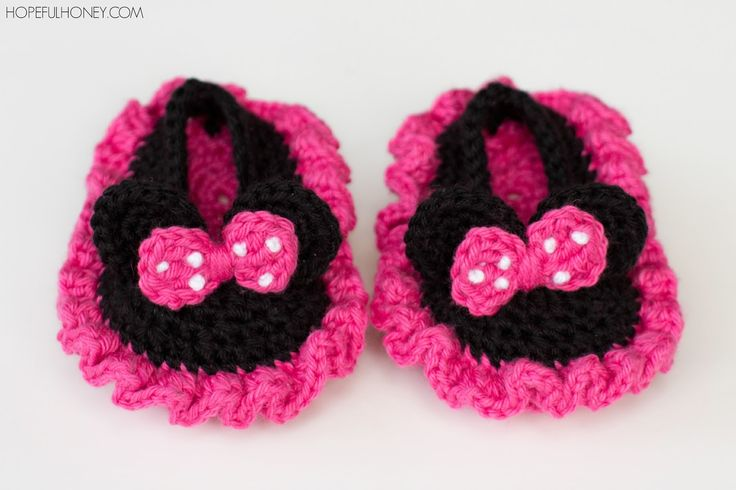 Crochet ** Minnie Mouse Inspired Baby Booties ** With Special Thanks to a free pattern by Olivia, hopefulhoney.com