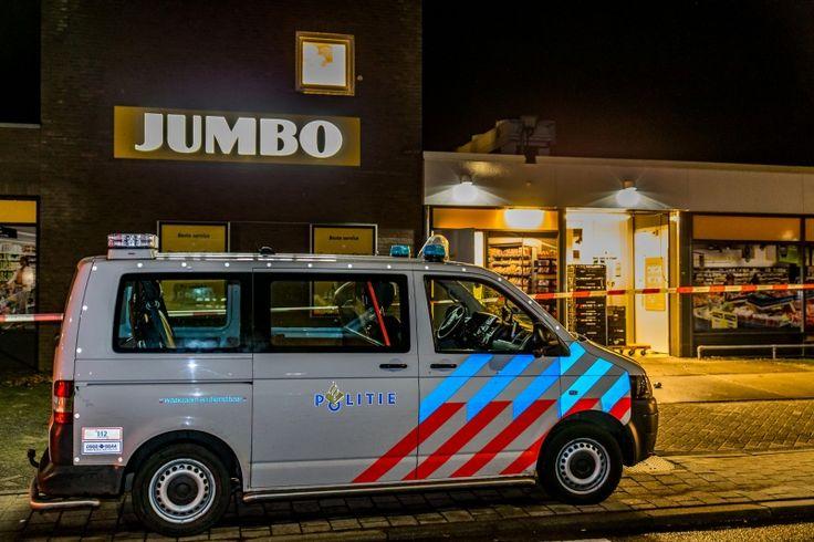 Jumbo Lage Zwaluwe overvallen door twee gewapende daders - Jumbo, Lage Zwaluwe, overval, Pastoor van Hooijdonklaan, Supermarkt - http://wp.me/p8nLn8-bxR