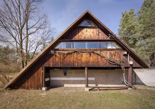 334. Oskar & Zofia Hansen /// Hansen House /// Szumin,...