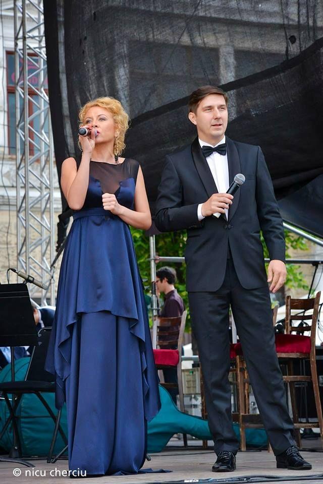Frumoasa Adelina Chişu a purtat o rochie creată de designerul #Veronica Frisan la evenimentul Seara de Muzică Clasică din cadrul Zilelor Clujului!