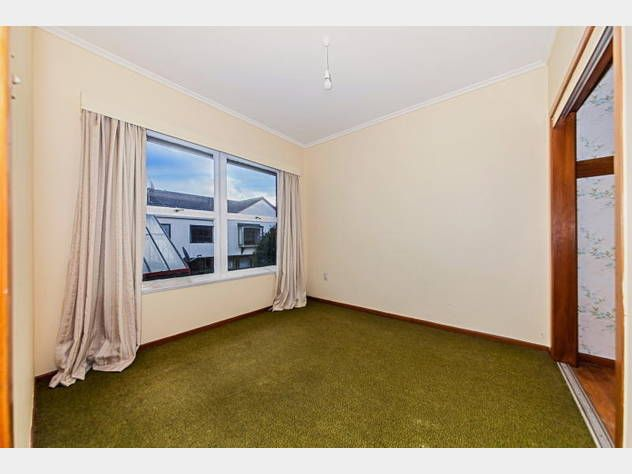Going Going Gone The Council Say Sell New Zealand Houses Bedroom Carpet Green Carpet