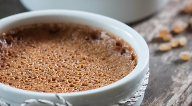 Après la crème brûlée aux bonbons Carambar, osez la gourmandise et succombez à la douceur gourmande de ces délicieuses crèmes brûlées saveur Nutella ! D&e...