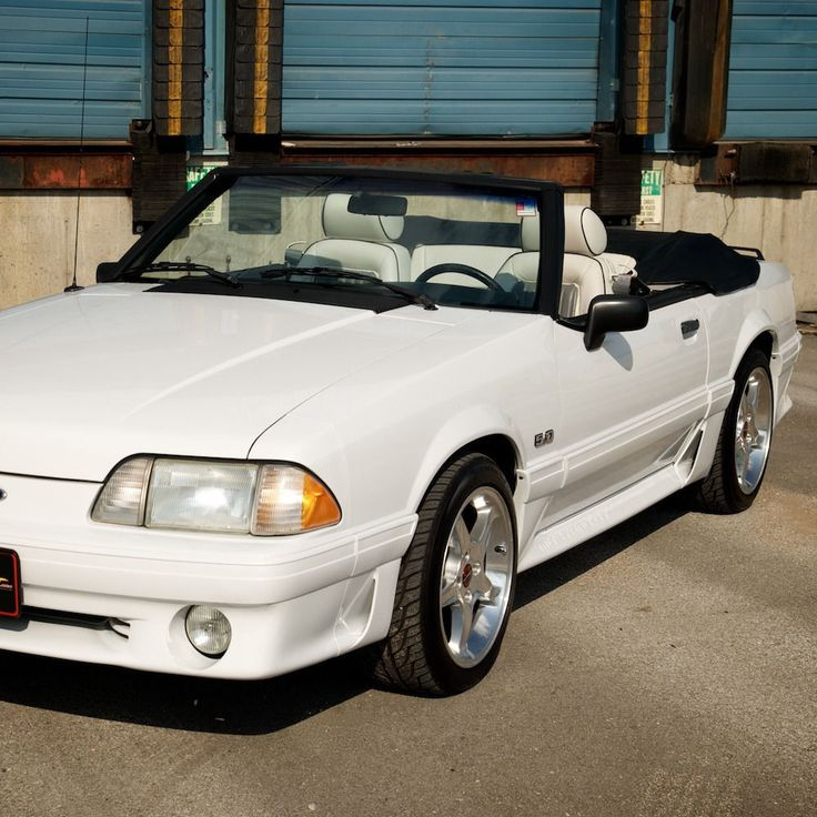 Car brand auctioned: Ford Mustang GT Convertible 1989 Car model ford mustang gt convertible 90 309 original miles unmolested fox body