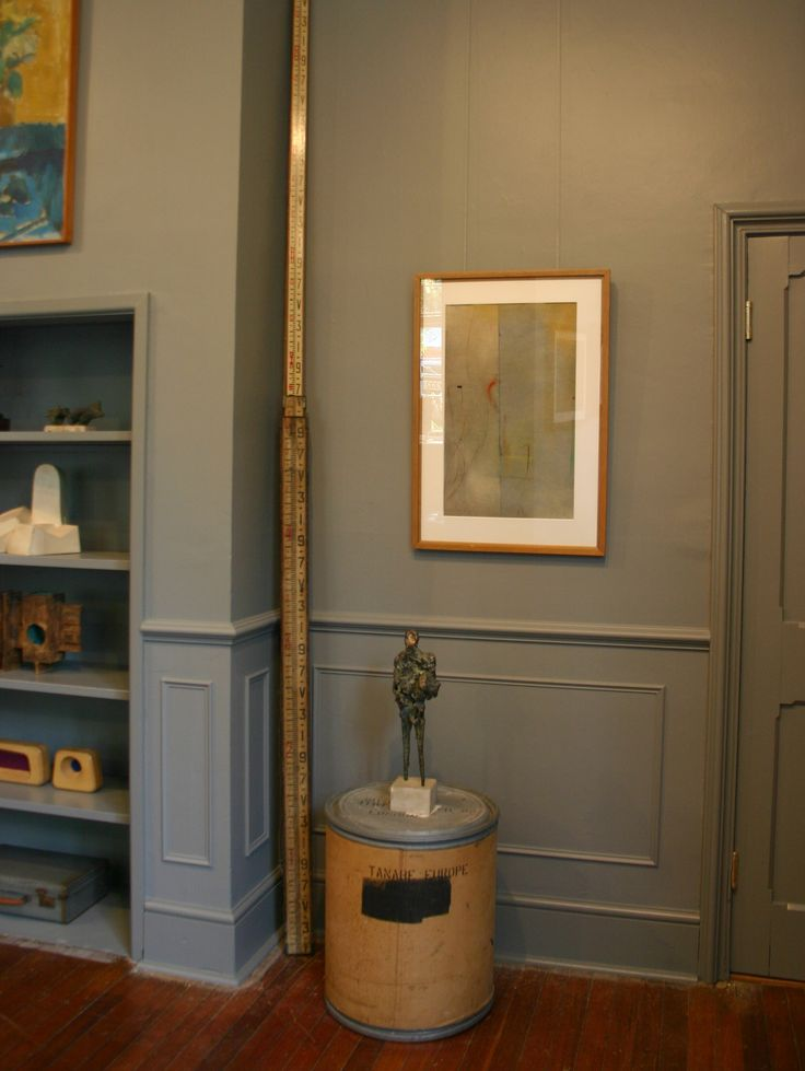 Andelli Art gallery in Wells, Somerset with Ernst Eisenmayer bronze and Caziel