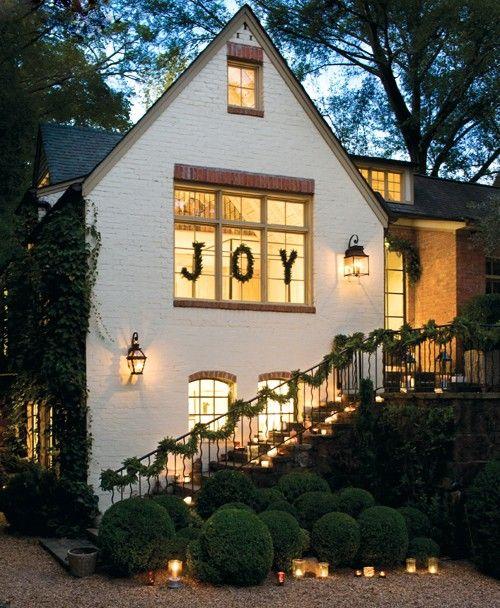 joyFront Windows, Kitchens Windows, Ideas, Christmas Decorations, Christmas Windows, House, Holiday Decor, Outdoor Christmas, The Holiday