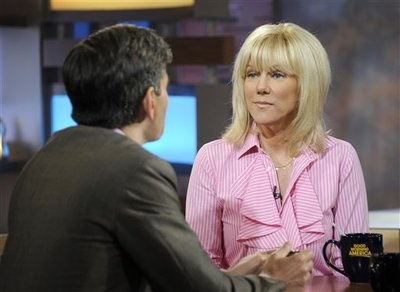 "John Edwards and former mistress Rielle Hunter have called it quits. Rielle blames the end on ""media scrutiny"" but it's interesting timing since her tell-all book has just been released.   https://twitter.com/#!/TheHotZoneUSA  http://www.facebook.com/TheHotZoneUsa"