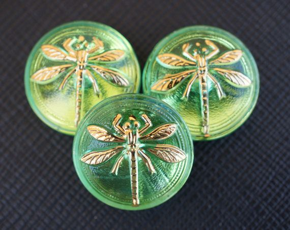 Hey, I found this really awesome Etsy listing at https://www.etsy.com/listing/154367865/hand-made-art-czech-glass-buttons